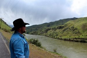 protect oregon wolves, protect the wolves, oppose welfare ranchers like Chad Delturro